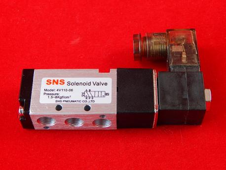 Соленоидный Клапан 4V110-06 DC12V