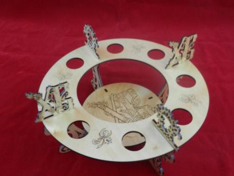 Подставка на 8 яиц и кулич с гравировкой ХВ