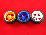 Пластиковое колесо (65мм)