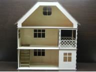 Кукольный домик трехэтажный с балконом