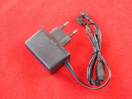 Зарядное устройство для NI-Сd и Ni-Mh аккумуляторов 4,8 В