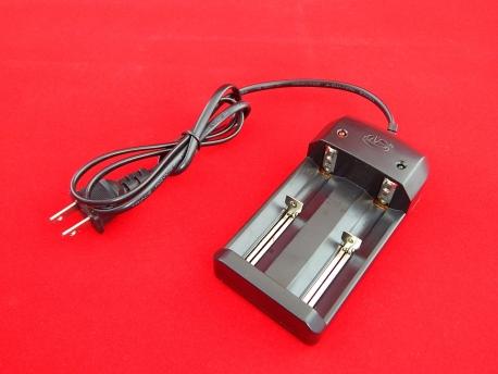 Зарядное устройство для аккумуляторов 3.7V